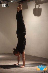 Handstand-yoga