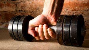 Onderzoek: 'Warm-up set tot falen leidt tot meer spierkracht'