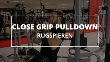 close-grip-pulldown