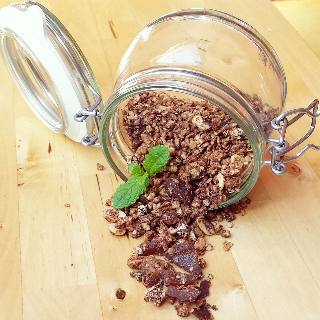 snicker-granola