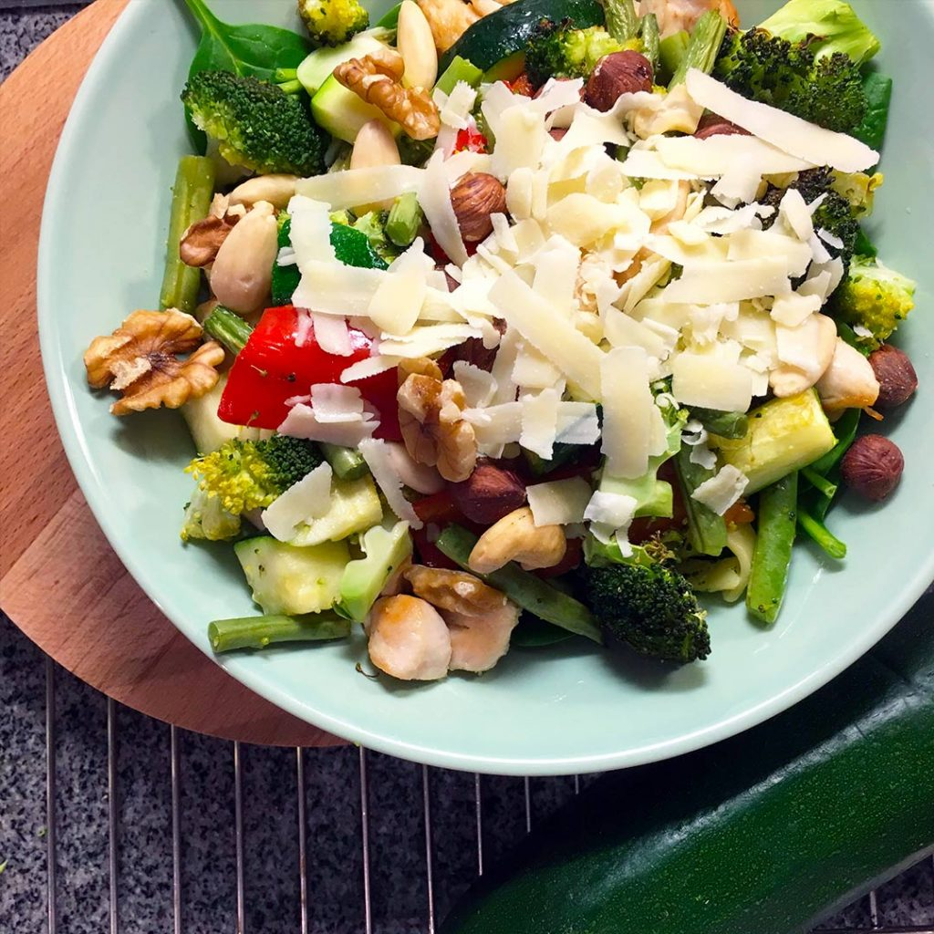 Pasta kip pesto met groene groenten