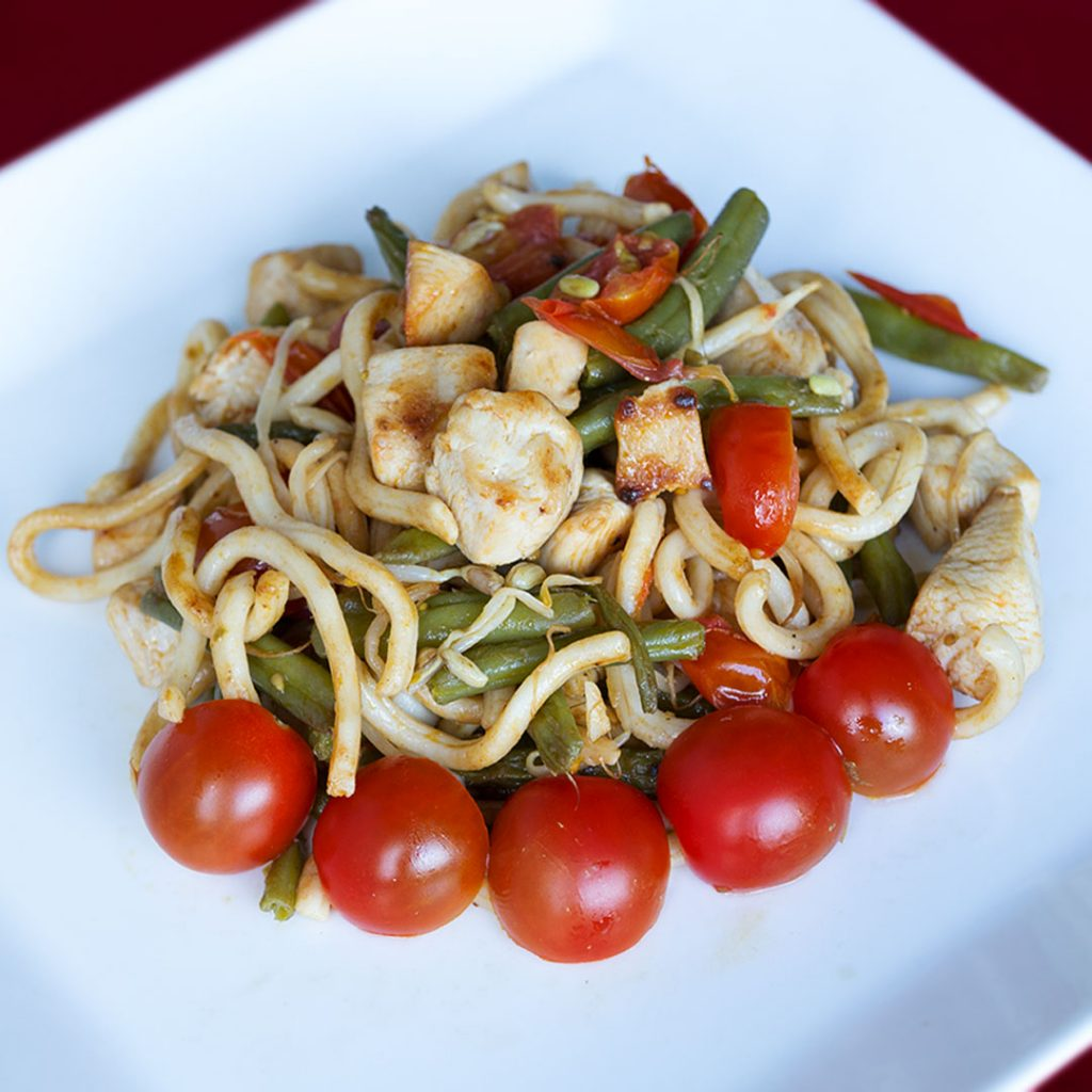 Italiaanse udon noodles