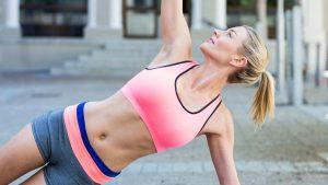Wat werkt het beste om af te vallen? Sporten of minder eten?