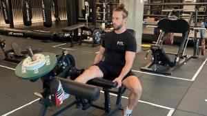 Is de leg extension een gevaarlijke oefening voor de knie?