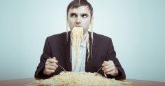 5 tips om je ongewenste eetgewoontes af te leren
