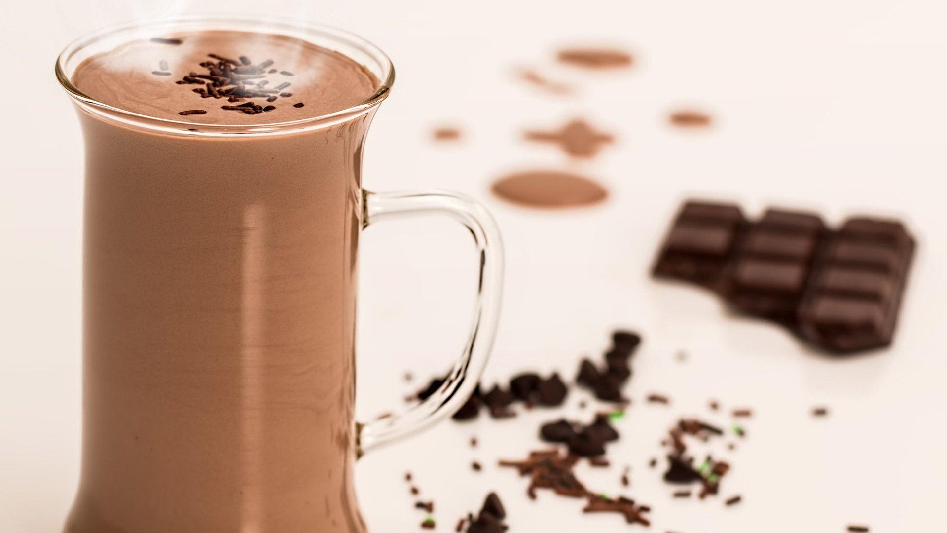 chocolademelk-drinken