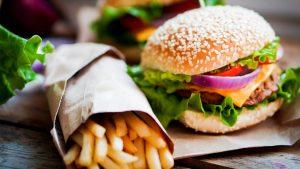Hoe zorg ik ervoor dat ik minder snoep en ongezond eet?