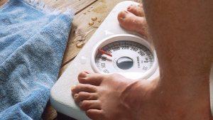 Hoe komt het dat mijn gewicht zo schommelt?