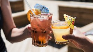 12 tips om minder alcohol te drinken