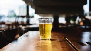 5 redenen om minder alcohol te drinken