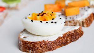 Nieuw onderzoek: hoeveel eieren mag je eten? Wanneer is het ongezond?