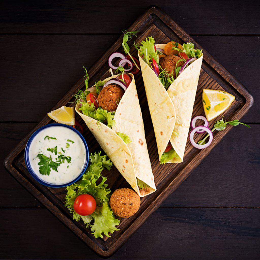 Vegetarische falafel wrap