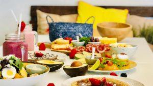 Hoe kun je ondanks je dieet toch met het gezin mee-eten?
