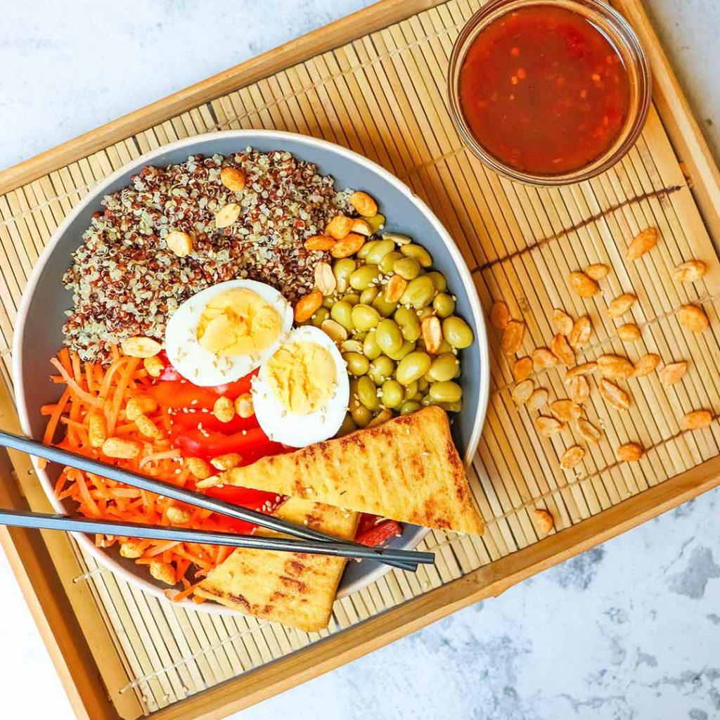 Buddha bowl met tofu en quinoa
