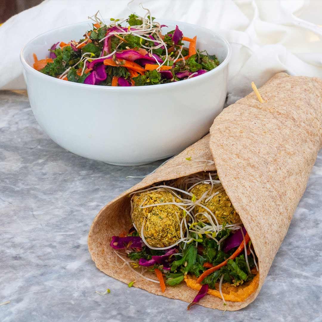 eigen-gemaakte-falafel-wraps